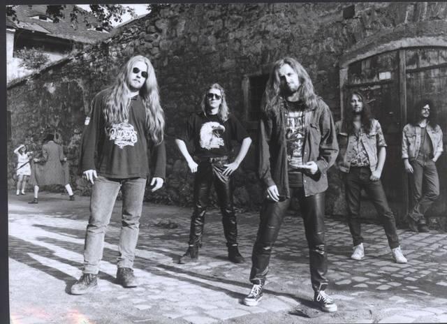 Metalománie: XV. díl Ztráty a podrazy