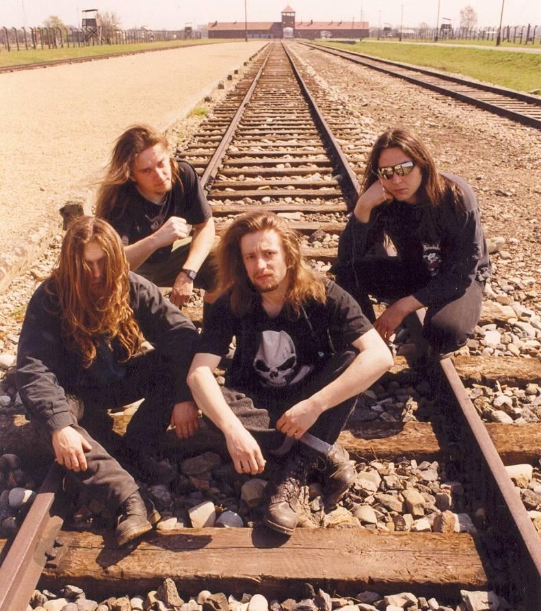 Metalománie: XVI. díl Mračna nad výsluním