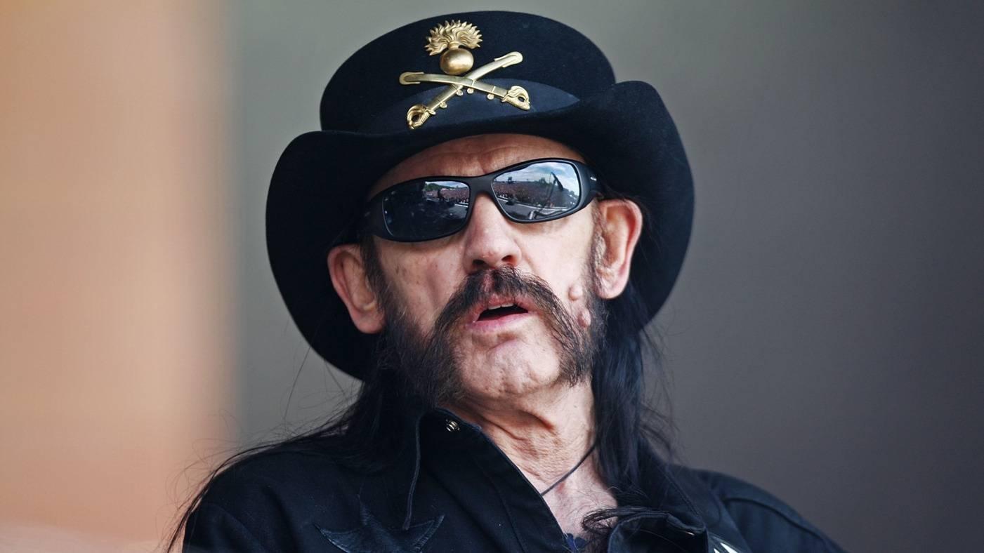 Sex, drogy, rock'n'roll. Lemmy Kilmister žil i hrál vždycky naplno