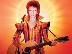 Kdo byl pravý David Bowie? Muž mnoha tváří měl ve skutečnosti jen jeden námět