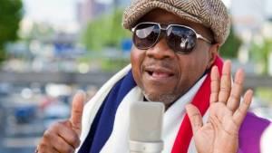 Papa Wemba byl konžský král rumby, spolupracovali s ním Stevie Wonder i Peter Gabriel. Smrt číhala na pódiu