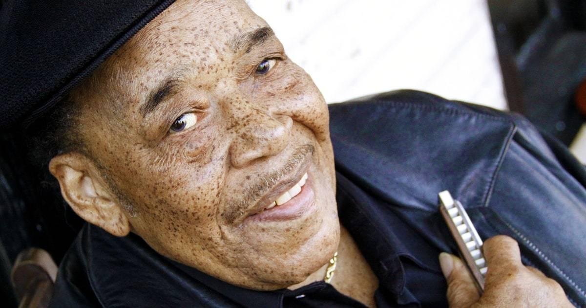 James Cotton - Ten, který i z rapu dokázal udělat blues