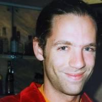 Toby Smith z Jamiroquai - Příliš mladý pro smrt