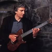 Kytarista Allan Holdsworth - Méně slavný, ale stejně vlivný jako Chuck Berry nebo Jimi Hendrix