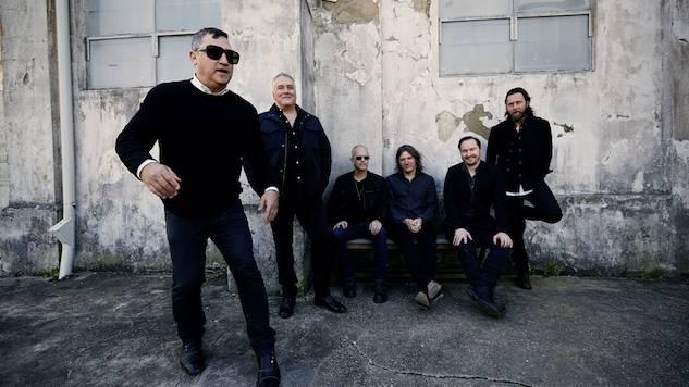 Dave Rosser - Kytarista The Afghan Whigs, kterého jsme měli v srpnu vidět v Praze. Rakovina byla proti