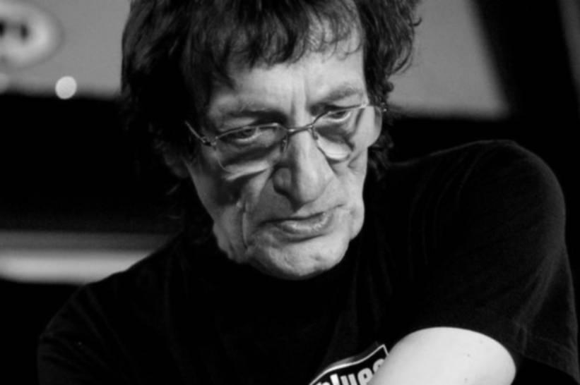 Marián Varga - Muž s doutníkem a lahví vína na pianu psal kapitolu československého rocku