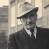 Karel Hašler - Skladatel, který zpopularizoval českou písničku. Jeho texty ho stály život