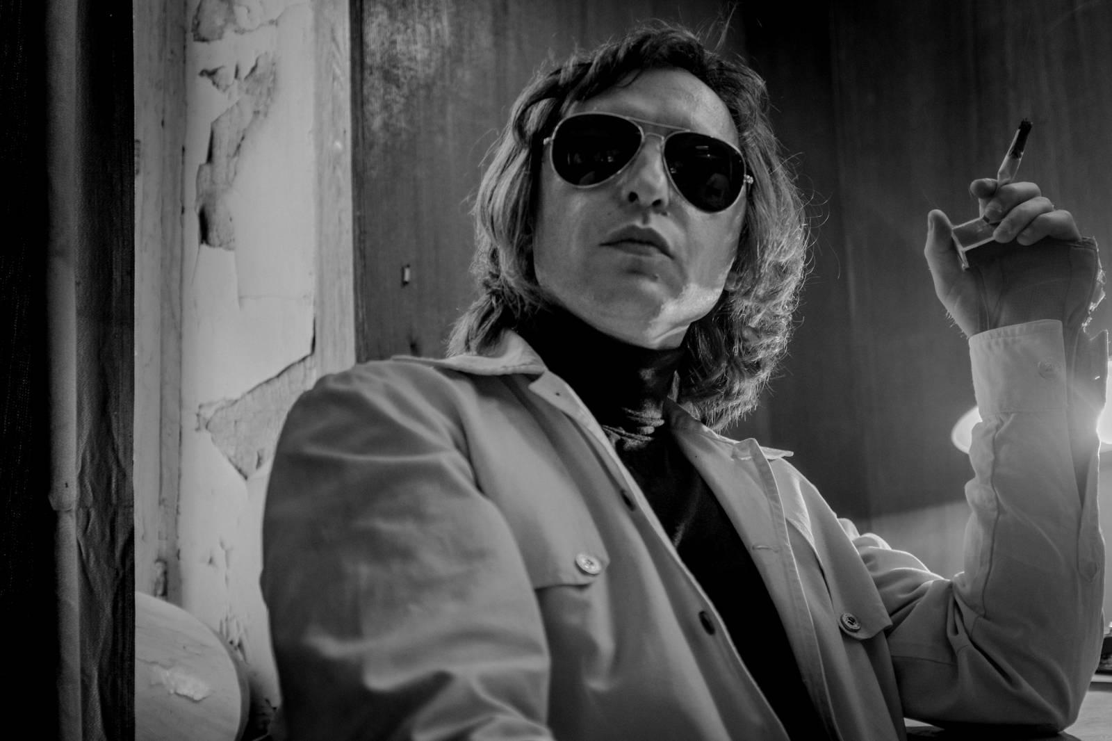 Viktor Coj - Hrdina sovětské mládeže a kritický hlas režimu. Z undergroundu se vypracoval až na stadion