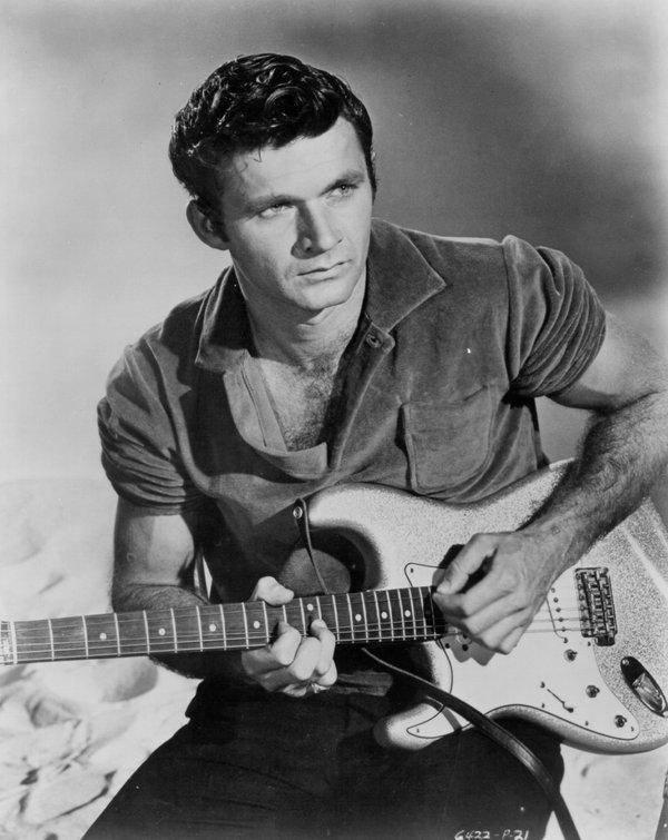 Dick Dale - Král surfové kytary inspiroval Beach Boys i Quentina Tarantina