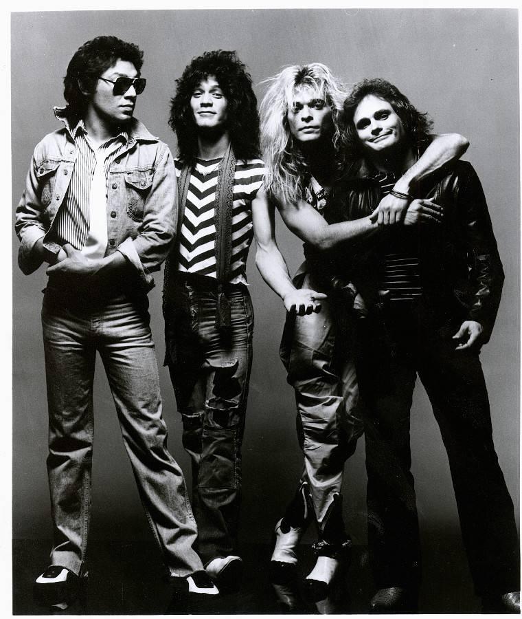 Eddie Van Halen - Jeden z nejlepších kytaristů světa hnal kupředu kapelu Van Halen, spolupracoval s Michaelem Jacksonem a nepřestával cvičit