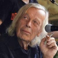 Svatopluk Karásek - Duchovní spjatý s českým undergroundem, originální písničkář a občanský aktivista