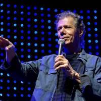 Chick Corea - Jazzový klavírista nahrával i s Miroslavem Vitoušem a vystupoval v Česku, byl čtvrtým nejčastěji nominovaným umělcem v historii Grammy