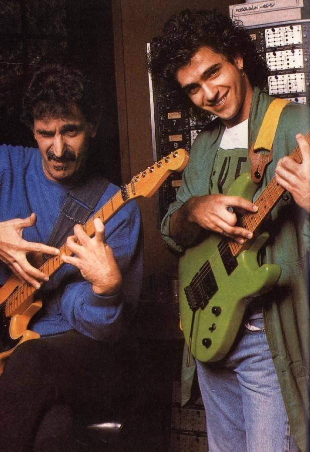 SMRT SI ŘÍKÁ ROCK'N'ROLL: Frank Zappa (10.)