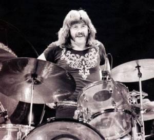 SMRT SI ŘÍKÁ ROCK'N'ROLL: John Bonham (36.)