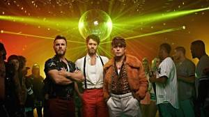 VIDEO: Take That se v Hey Boy naladili na retro