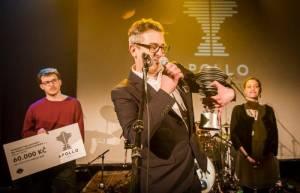 VIDEO: Adrian T. Bell chystá novou desku, první singl je uhrančivý