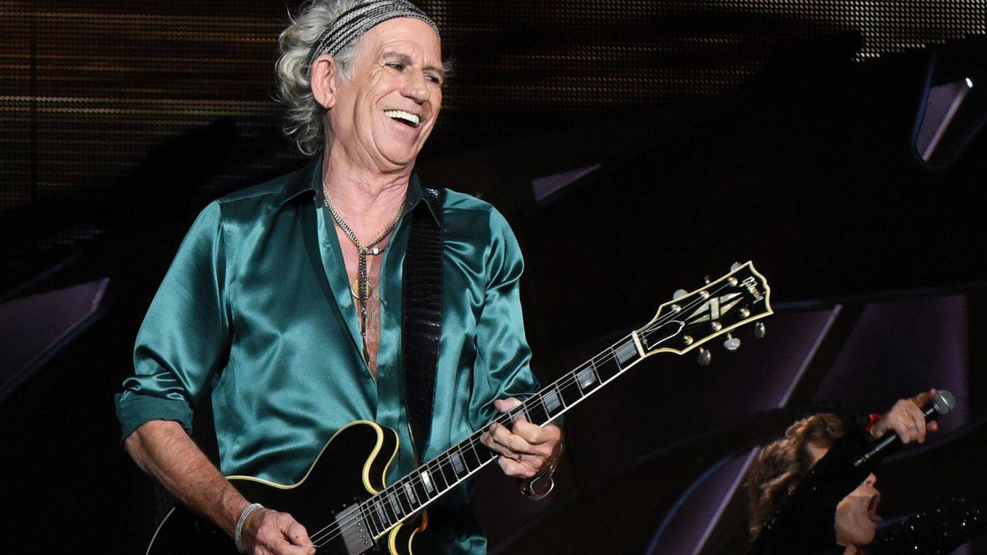 VIDEO: Keith Richards se pohupuje v rytmu reggae