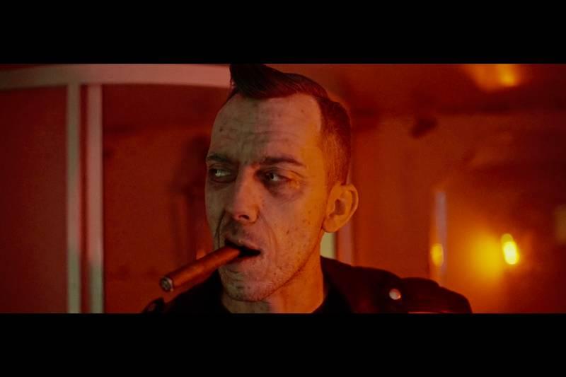 VIDEO: Smack si dá ve jménu rock'n'rollu zlatou heráku