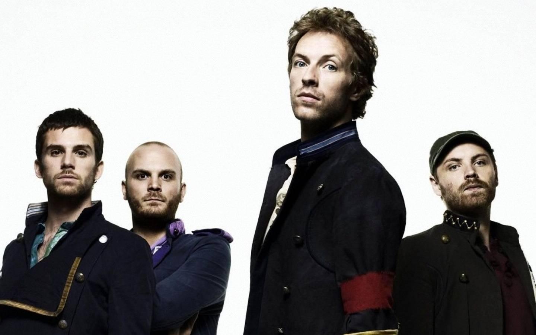 TOP 6 videoklipů týdne (68.): Monkey Business v kokainovém doupěti, Coldplay v barvách duhy