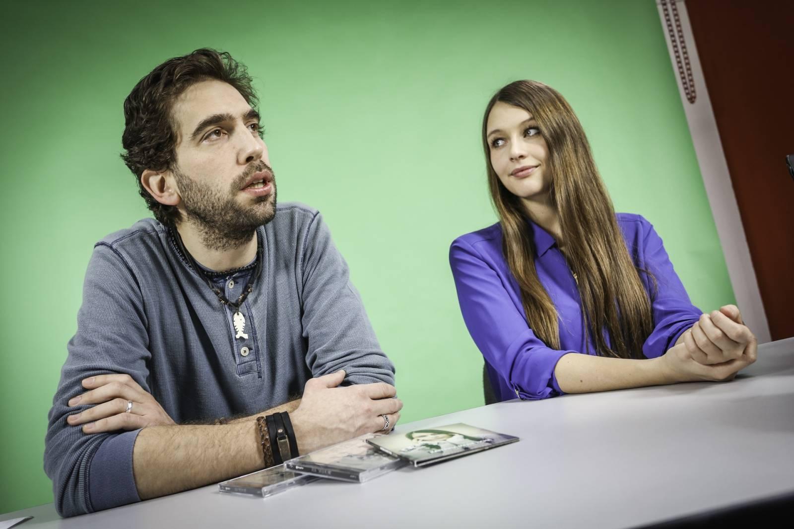 VIDEO: Jelen a Kateřina Marie Tichá zvou na Žebřík a lákají na své novinky