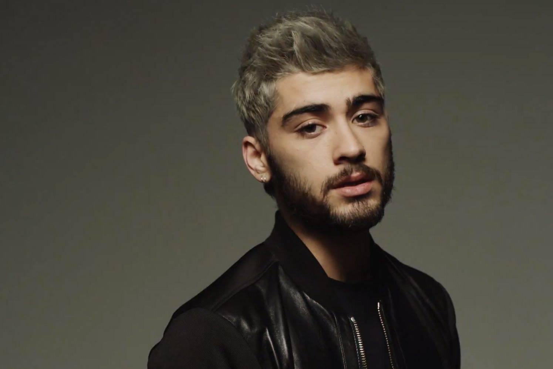 TOP 7 videoklipů týdne (72.): Ze Zayna z One Direction je sexuální rebel, Suede vypráví o sebevraždě