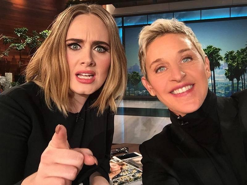 VIDEO: Adele u Ellen DeGeneres odčinila zaváhání z Grammy. Její vystoupení nemělo chybu