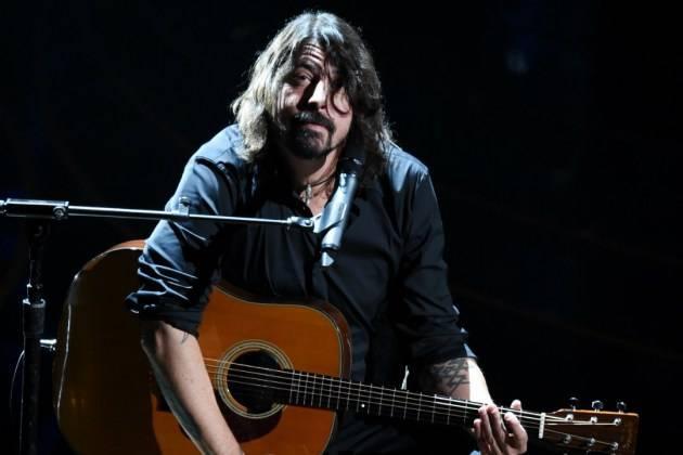 VIDEO: Foo Fighters vybírají nového zpěváka. Kdo nahradí Davea Grohla?
