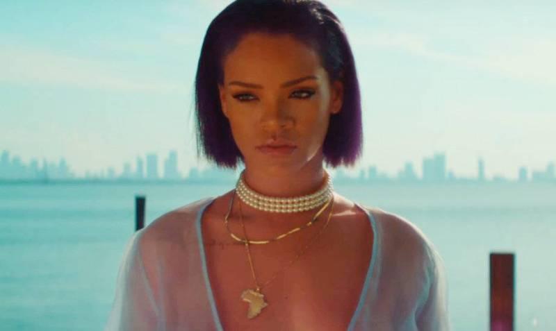 VIDEO: Mládeži nepřístupné: Rihanna jako chladnokrevná vražedkyně. Zase
