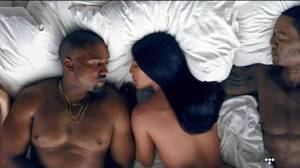TOP 8 videoklipů týdne (94.): Kanye West v posteli s Donaldem Trumpem, Sum 41 bojují s Miley Cyrus