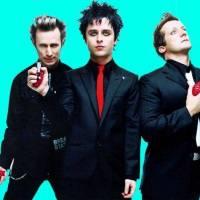 VIDEO: Revoluční rádio Green Day je tady! Singl Bang Bang ohlašuje říjnovou desku