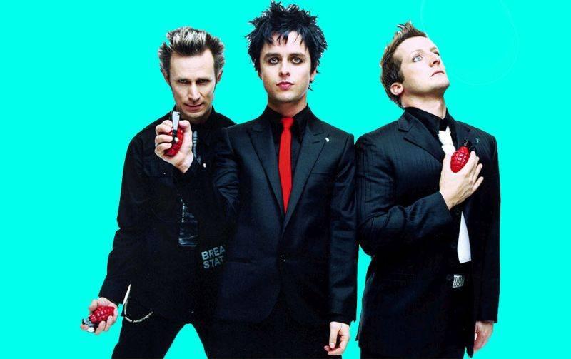 VIDEO: Green Day hrají pro frustrované Američany rebelskou ukolébavku