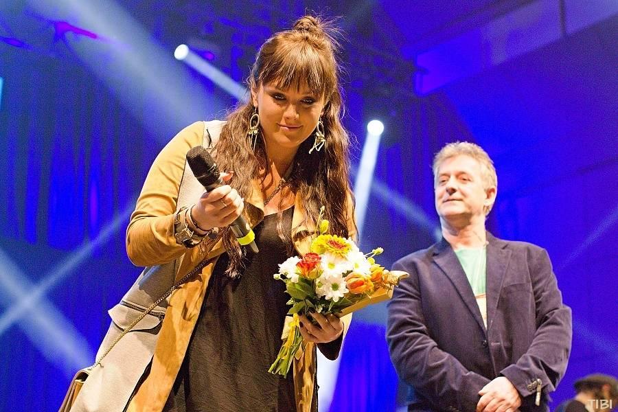 VIDEO: Ceny Žebřík v Plzni převzali Tomáš Klus, Ewa Farna, Aneta Langerová a další. Podívejte se na to