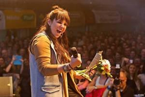 VIDEO: Ewa Farna - Kvůli Jaromíru Jágrovi jsem stopla už hotový klip, Žebřík mi připomíná, že to za to stálo