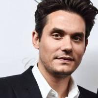 VIDEO: John Mayer v novém videoklipu tančí s pandami