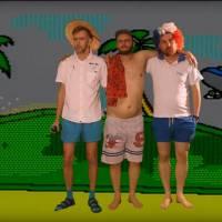 TOP 8 videoklipů týdne (137.): Midi Lidi na bizarním srazu Kjůristů, rapující Celeste Buckingham i popoví Paramore
