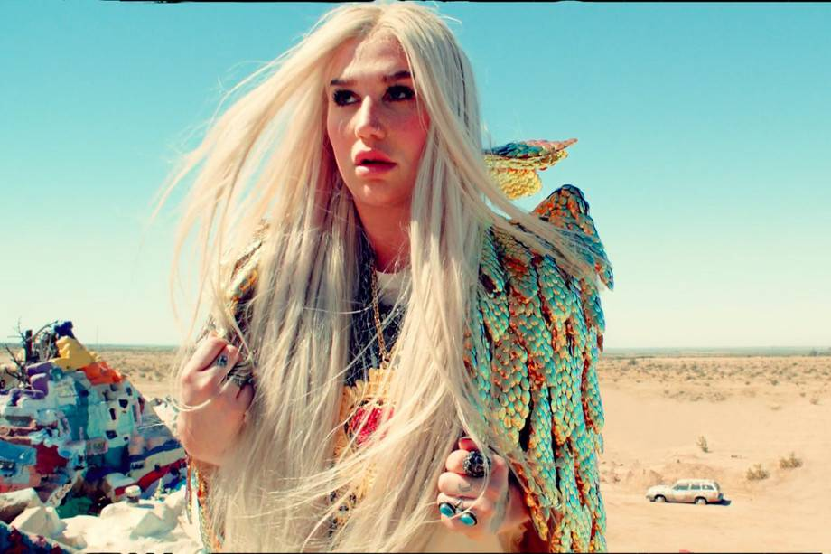 VIDEO: Kesha představuje další singl z připravované desky Rainbow, tentokrát oslavuje ženství