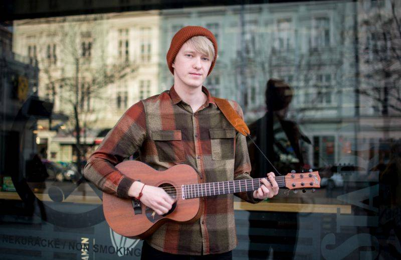 TOP 7 videoklipů týdne (149.): Ed Sheeran nás zavede do Afriky, s Lorde navštívíme perfektní místa
