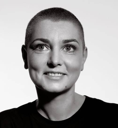 VIDEO: Sinéad O'Connor promluvila ve videu plném beznaděje o své nemoci, fanoušci se strachují