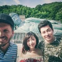 VIDEO: Mirai natočili nový klip v Japonsku. Singlem Pojď, zapomenem ohlašují první desku a turné s Poetikou
