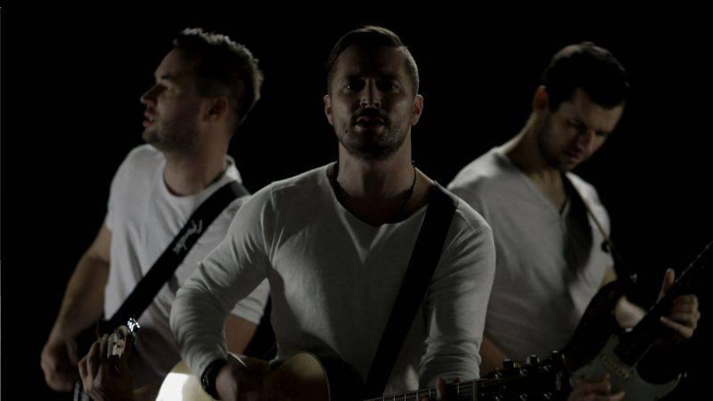 VIDEO: Hodiny představují singl z nového EP S tebou. Pokřtí jim ho Richard Krajčo