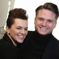 VIDEO: Ondřej Brzobohatý a Marta Jandová v novém klipu tvrdí - Je toho moc