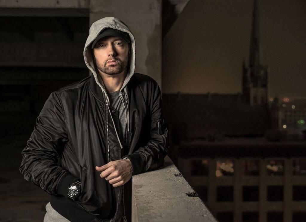 TOP 6 videoklipů týdne: Eminem oslavil Valentýn odhalením nevěry, Rybičky 48 stvořili ideálního muže