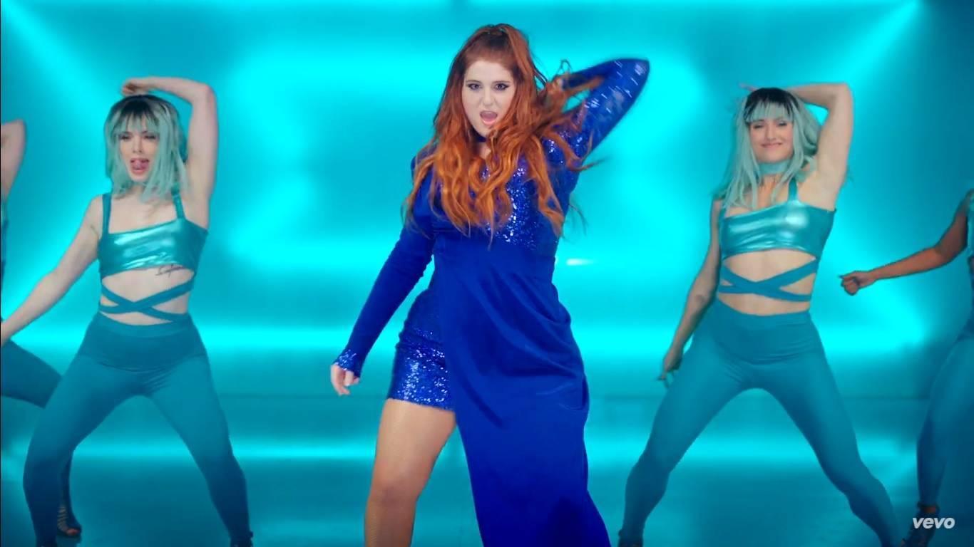 TOP 6 videoklipů týdne: J.A.R. hýří barvami, Škwor zachytil koncertní energii