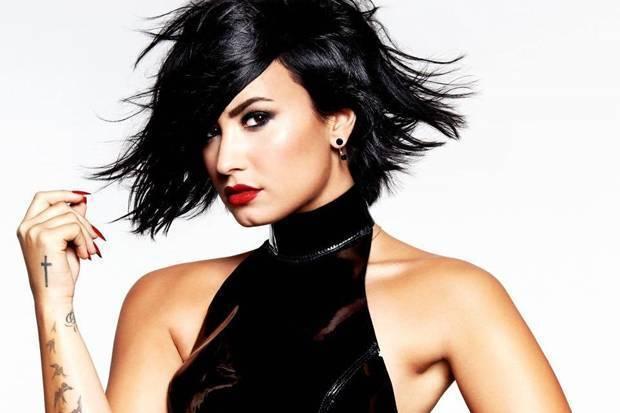TOP 6 videoklipů týdne: O5 a Radeček a Voxel posílají dobré zprávy, Demi Lovato zpívá v pohádkové krajině