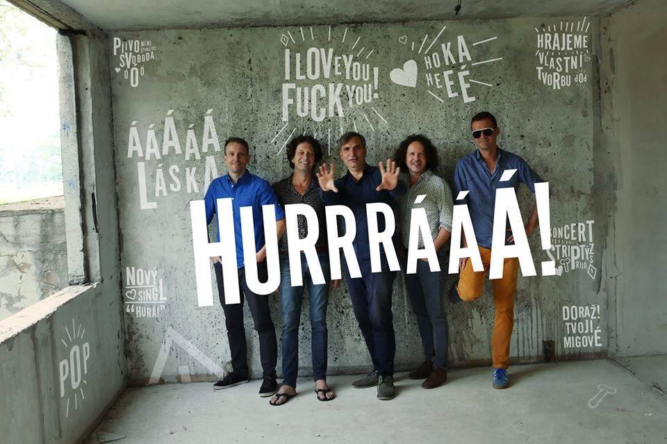 VIDEO: Hurá! Mig 21 vyrážejí na turné. Zvou klipem od Davida Ondříčka