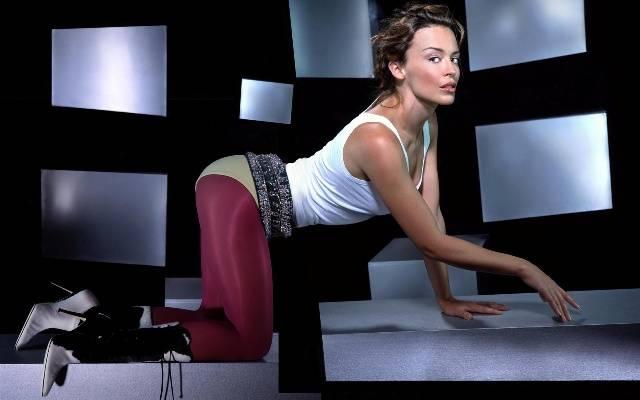 TOP 6 videoklipů týdne: Čeští interpreti připomínají vznik státu, Kylie Minogue vsadila na romantiku