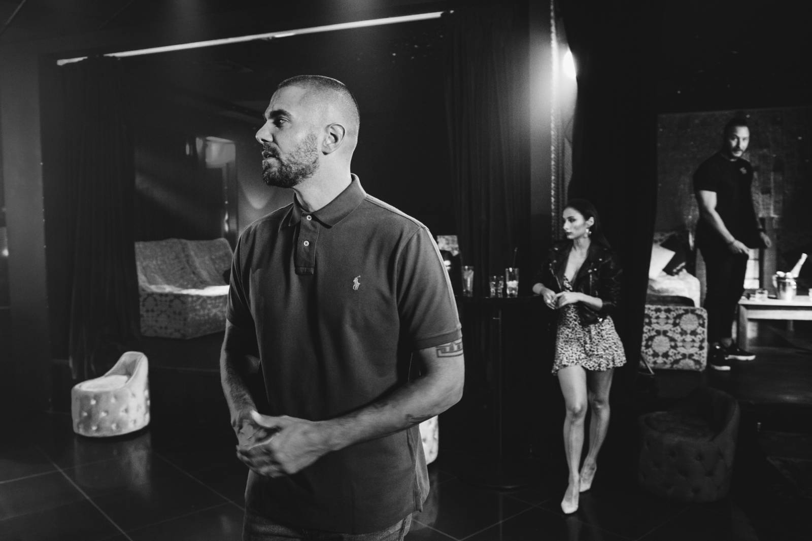 VIDEO: Asi to tak má bejt, tvrdí Ektor v novém singlu