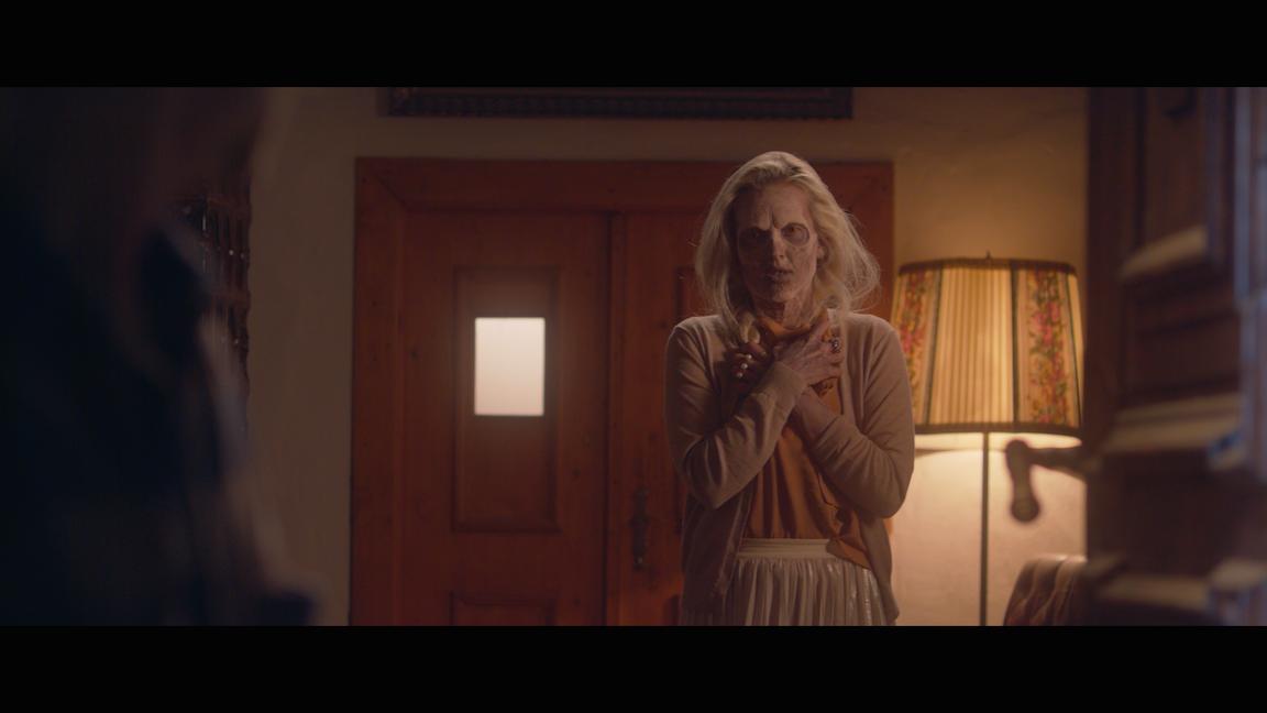 VIDEOPREMIÉRA: Tomáš Klus se zamiloval do zombie. V klipu Dobrodružce čelí za lásku k Tamaře předsudkům