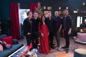 TOP 6 videoklipů týdne: Chinaski a Katarína Knechtová zpívají o vánoční pohodě, Vojta D skládal v ložnici