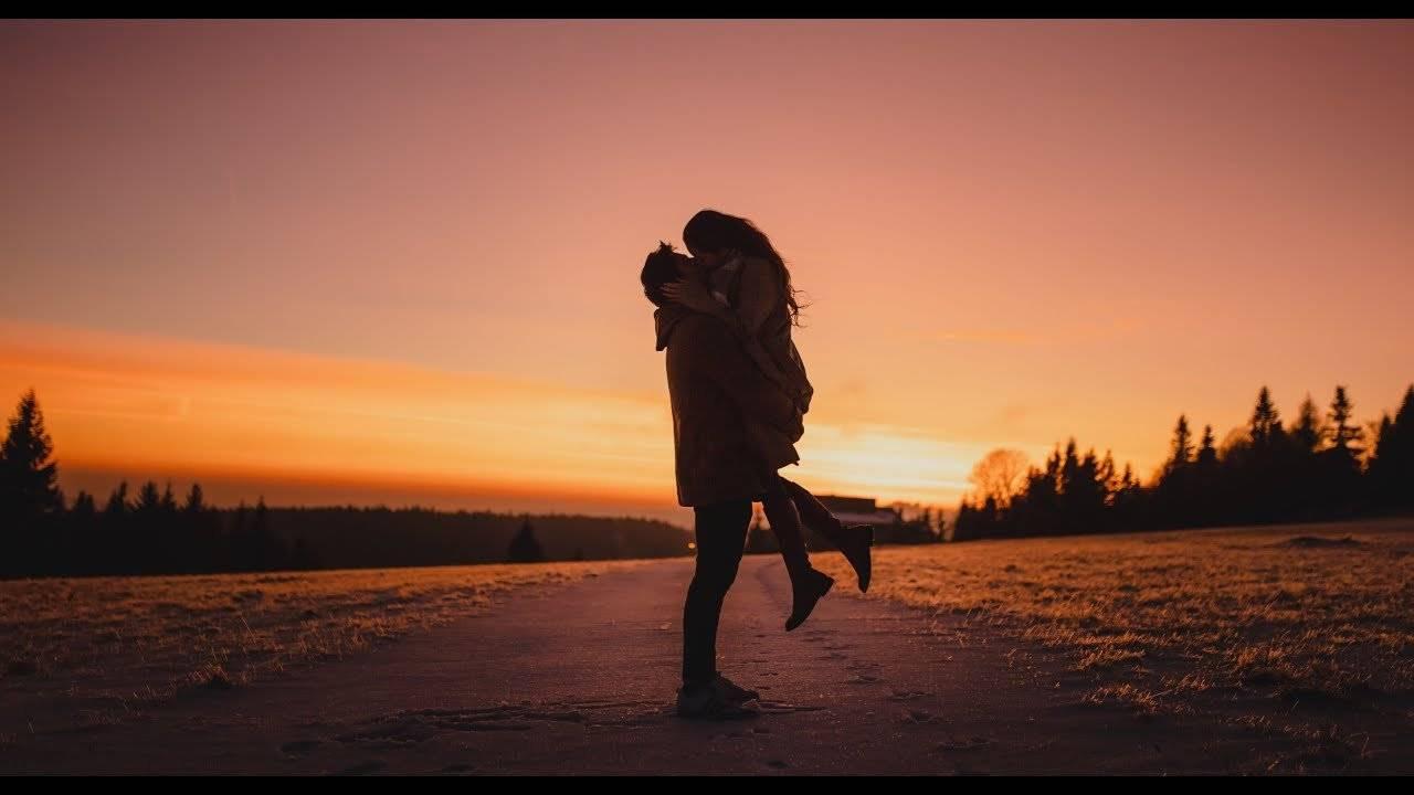 TOP 5 videoklipů týdne: Pavel Callta našel svou spřízněnou duši, Emma Drobná natáčela ve vodárně